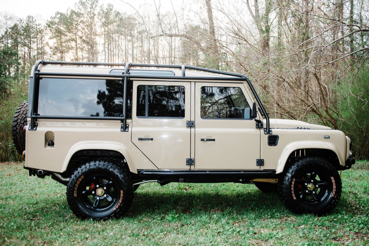 Defender 110 Station Wagon
